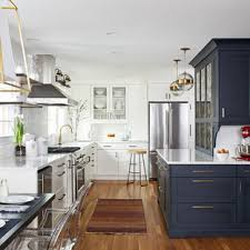 houzz blue kitchen cabinets 75 beautiful kitchen with blue cabinets and a peninsula