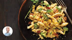 faire sa cuisine en ligne fusillis crémeux avec poulet et brocoli de stefano faita recettes
