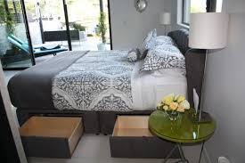 Bed Platform With Drawers Luxuriuos Chic Modern Storage Bed Platform Storage Bed With Lar