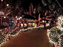 point loma christmas lights christmas lights on garrison youtube
