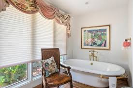 Bathroom Stall In Spanish by Stunning Spanish Style Home On 10 Acres With 5 Stall Barn And