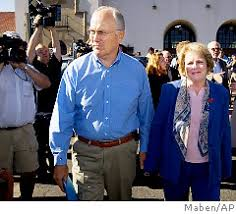 senators wife senator larry craig resigns after men s room scandal ny daily news