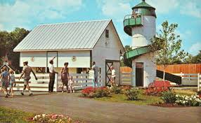 dutch wonderland vintage postcards visit pa dutch country