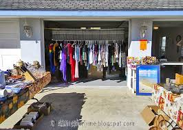 best 25 yard sale displays ideas on hang clothes
