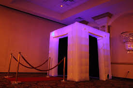 photo booth lighting black lights free delivery nationwide on all rentals for