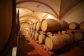 cave a vin sous sol comment aménager un cave de dégustation chez soi tourisme