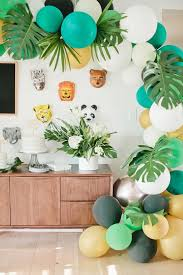 jungle themed birthday party jungle themed 1st birthday beijos events birthday party 100