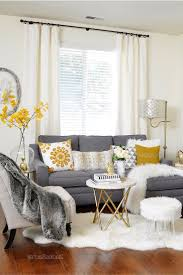 what color rug for grey sofa black and grey living room decorating ideas what color rug goes with