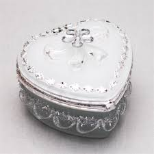 jewelry box favors heart shaped box white jewelry box heart theme wedding favors