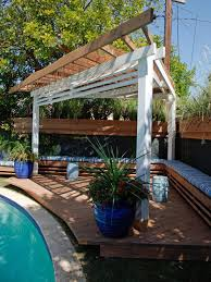 Outdoor Shades For Patio by 5 Diy Shade Ideas For Your Deck Or Patio Hgtv U0027s Decorating