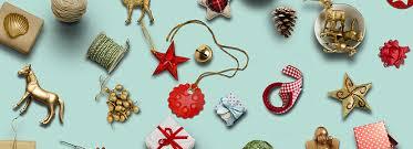 50 creative logos to celebrate the festive season