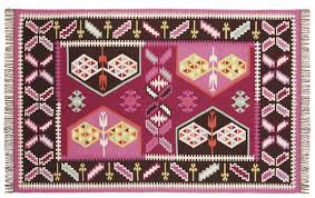 Pink And Black Rug Pottery Barn Teen A Source For Great Rugs At Great Prices