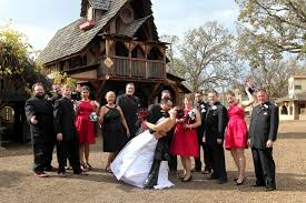 Wedding Venues In Mn Have A Renaissance Wedding At The Minnesota Renaissance Festival