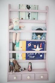 rangement livre chambre chambre enfant design pour trois filles