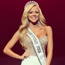 pageant hair that wins the most 231 best i wear a crown images on pinterest beauty pageant
