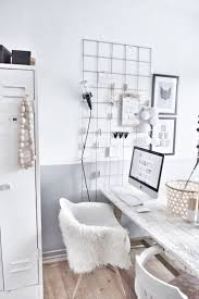 Office Decor Pinterest by Best 25 Bureaus Ideas On Pinterest Home Desk Bureau Ikea And