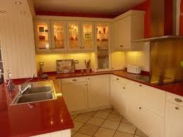deco cuisines cuisine beige et noir free cuisines en blanc best deco