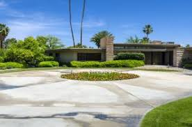 Mid Century Modern Landscaping by Step Into A Mid Century Modern Landscape Design Home Living In