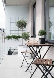 balkonmã bel kleiner balkon platzsparende klappmöbel für den kleinen balkon laden