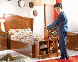 pirate themed wooden bed boys room interior design ideas