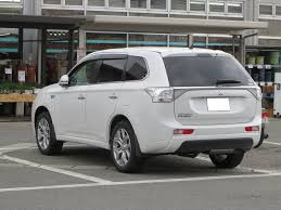 mitsubishi outlander 2016 white file mitsubishi outlander phev rear 0329 jpg wikimedia commons