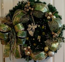 wreath lighted garland wreath green mesh gold xl