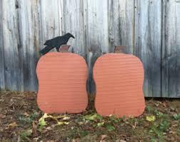 31 yard decor primitive wood ghost with bat