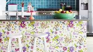 idee tapisserie cuisine papier peint tendance les plus beaux modèles déco et conseils de