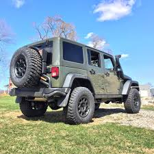 black aev jeep looking for wheels similar to