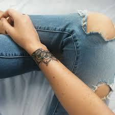 the 25 best mandala wrist tattoo ideas on pinterest henna