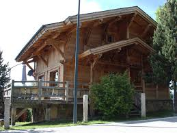 maison en bois interieur construction rénovation maison et chalet à font romeu et saillagouse