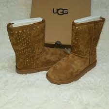 ugg slippers sale size 7 ugg boots on poshmark