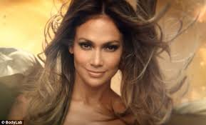 actress in capitol one commercial2015 jennifer lopez puts her abs on display in commercial for bodylab