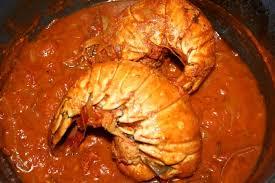 cuisiner une langouste recette de queue de langouste à l armoricaine la recette