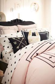 Pink Black Bedroom Decor by Best 25 Black White Bedrooms Ideas On Pinterest Black White