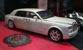rolls royce phantom extended wheelbase kyosho rolls royce phantom coupe on sale yes its real u2013 xdiecast