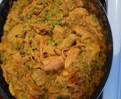 recette cuisine malaisienne poulet malaisien pimenté au lait de coco et petits pois recette de