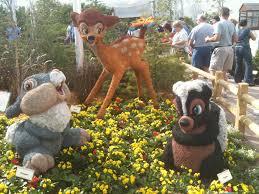 Horse Topiary Bambi Topiary Topiary Pinterest Flower Gardens And Garden Art