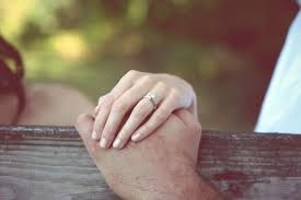 best place to buy an engagement ring engagement ring guide the best place to buy engagement ring