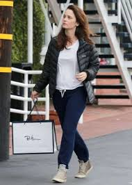 robin tunney shopping at fred segal 01 posted on january 11