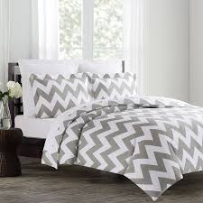 Light Grey Bedspread by Amazon Com Echelon Home Chevron Duvet Cover Set Full Queen