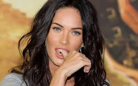 http://allwallpaper00.blogspot.com/2012/10/megan-fox-wallpaper.html