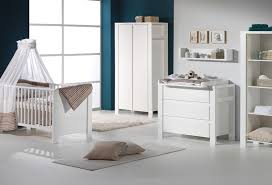 armoire chambre bebe chambre bébé lit commode armoire 3 portes white schardt