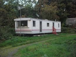 nice tidy caravan on farm yard nice caravan for rent on non