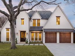 Home Design Ideas And Photos Best 25 White Houses Ideas On Pinterest Styles Of Houses