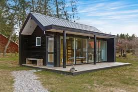 interesting modern tiny house twuzzer