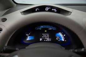 nissan altima 2015 dashboard 2016 nissan leaf gains larger battery with 23 miles more driving