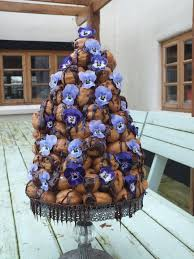 organic edible flowers croquembouche with edible flowers from http maddocksfarmorganics