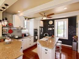 Southern Living Idea House 2014 by How To Wrap A Ceiling Girder With Wood How Tos Diy