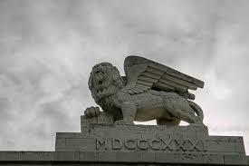lion of judah statue on the hunt for lions in jerusalem zealous 8 2zealous 8 2